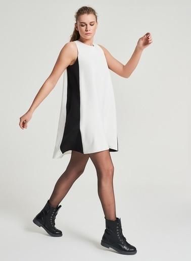 Pi π Kolsuz Elbise Beyaz